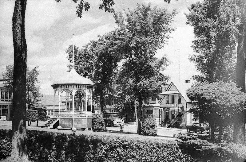Kiosque de l'Église - Sainte-Thècle